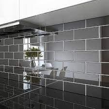 A Guide to Subway Tile Design Ideas and Tips